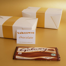 Galaxy milk chocolate presents for her, small chocoalte gifts UK chocolate delivery, fun Galaxy chocolate gifts for her, chocolate presetns delivered